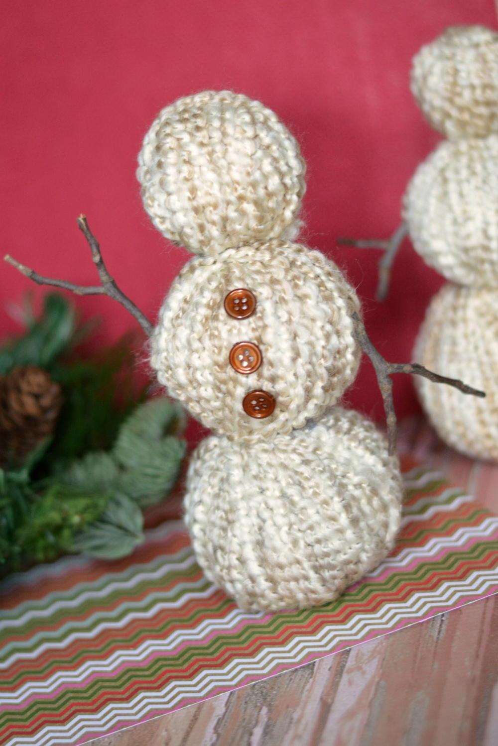 Diy Yarn Wrapped Snowman Allfreechristmascrafts Com