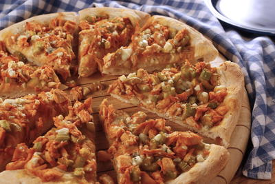 Touchdown Buffalo Chicken Pizza