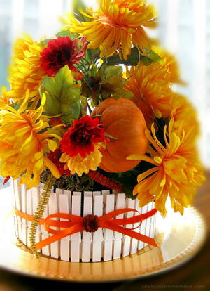 Fall Picket Fence Centerpiece