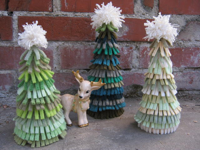 Felt sweater christmas trees for Christmas crafts from recycled materials