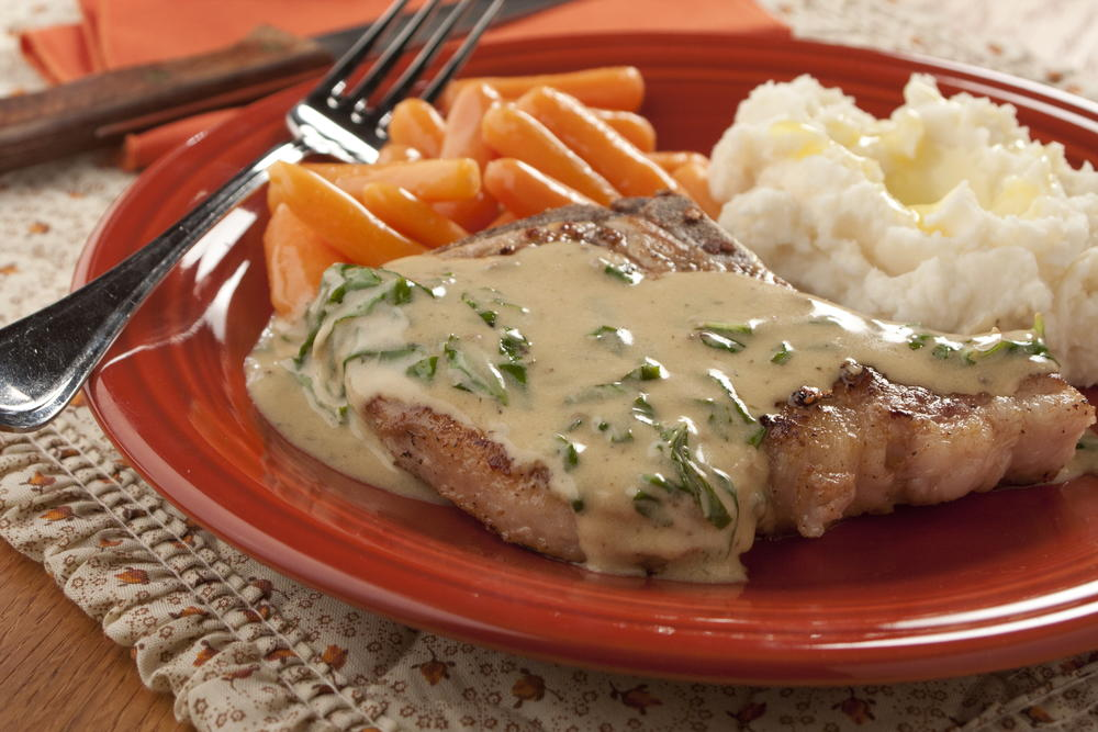 Creamy Basil Pork Chops Everydaydiabeticrecipes Com