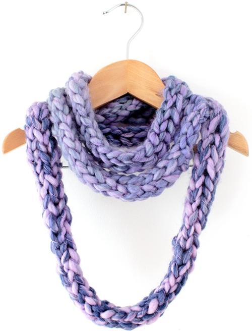 Finger Knit Infinity Scarf AllFreeKnitting.com