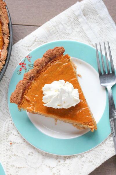 Healthier Low-Fat Pumpkin Pie
