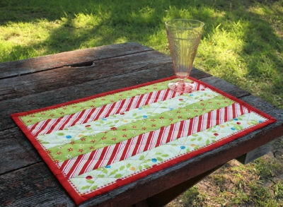 Holly Jolly Quilted Placemat