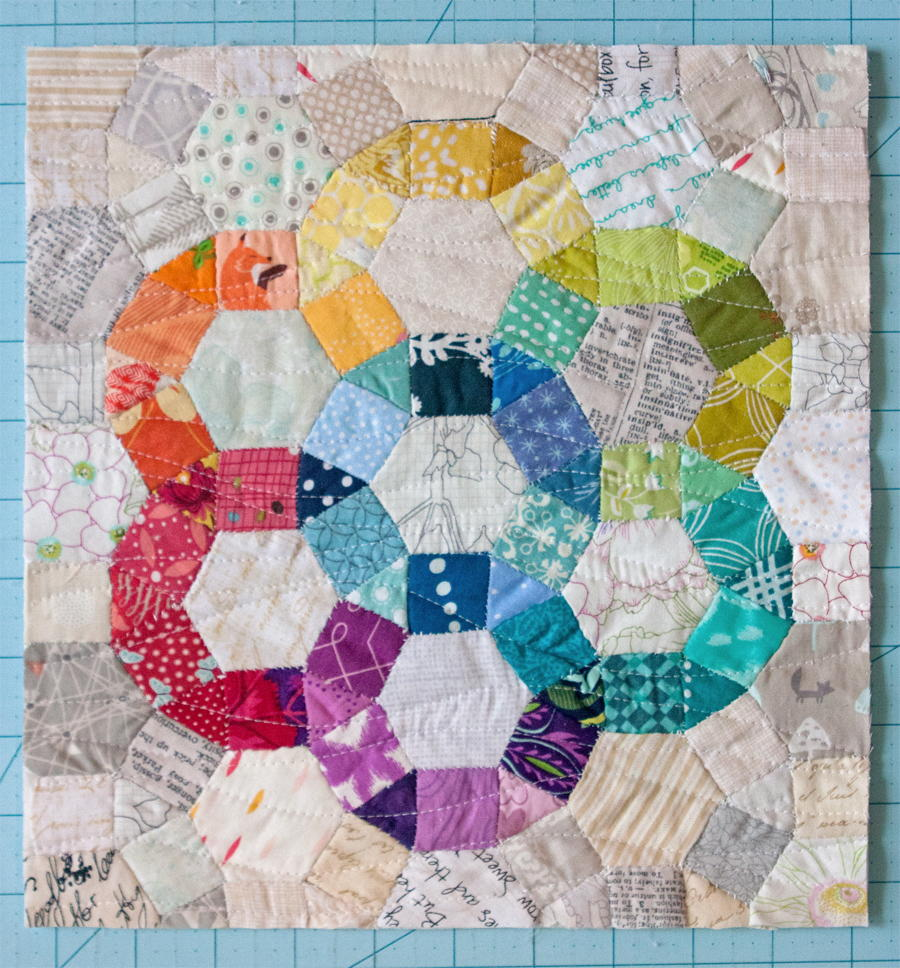 Ferris Wheel Mini Quilt | FaveQuilts.com