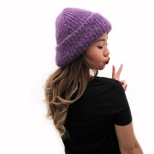 Knitting Pattern Hat Cast On : Fashionista Oversized Knit Hat AllFreeKnitting.com