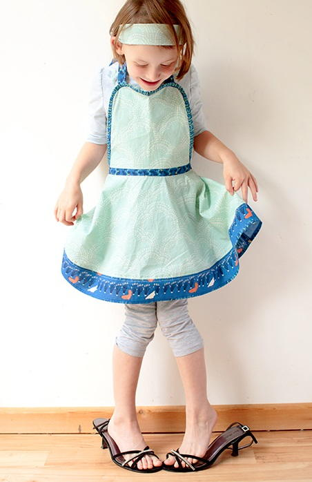 Kids Retro Apron Pattern Allfreesewing Com