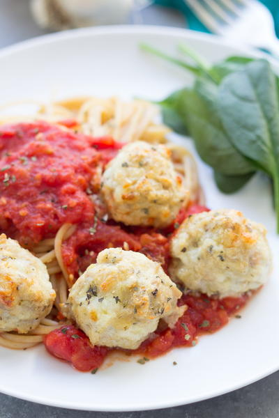 Chicken Parmesan Meatballs with Easy Tomato Sauce ...