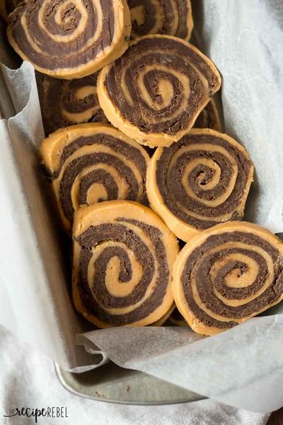 No Bake Chocolate Peanut Butter Pinwheels
