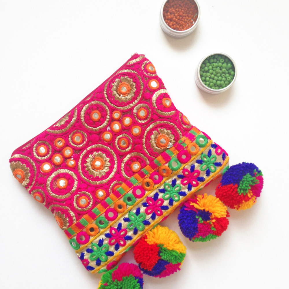 Simple Boho Clutch Sewing Pattern Allfreesewing Com