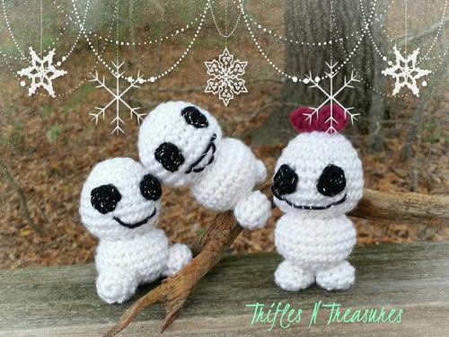 Stuffy The Christmas Penguin AllFreeCrochet.com