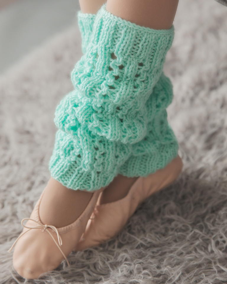 Minty Fresh Leg Warmers Allfreeknitting Com