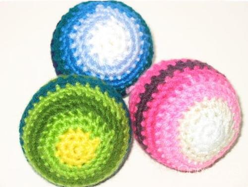 Beginner Crochet Ball Pattern : Beginner Crochet Baby Ball Pattern AllFreeCrochet.com