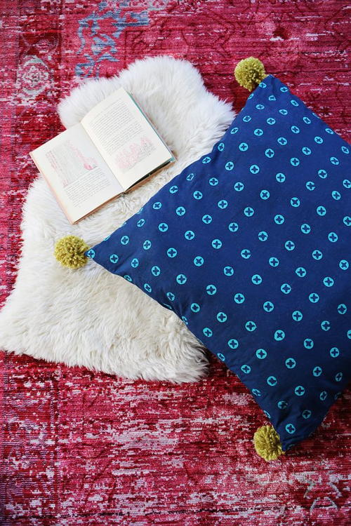 Fabulous Floor DIY Pillows AllFreeSewing.com