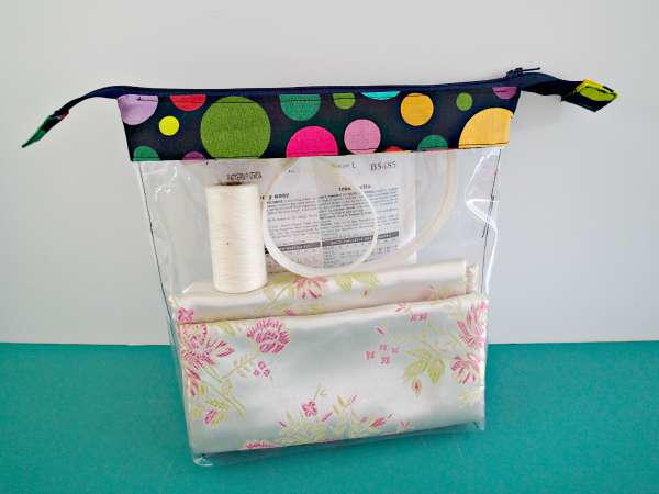 Clear Zippered Pouch Tutorial