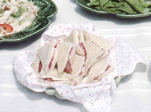 Strawberry And Cream Cheese Sandwiches