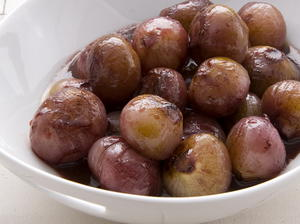Glazed Shallots with Red Wine