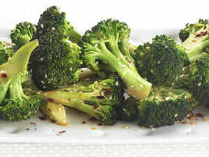 Stir-Fried Broccoli with Sesame Seeds