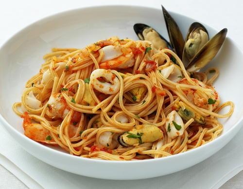 Spaghetti Frutti di Mare | Cookstr.com