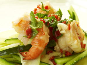 Vietnamese Salad of Broiled Shrimp with Papaya