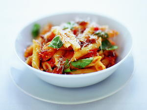 Penne with Tomato and Basil