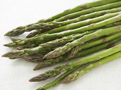 Tofu and Asparagus with Lemongrass Rub | Cookstr.com