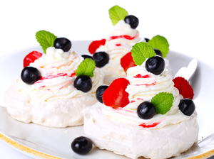 Individual Pavlovas with Berries