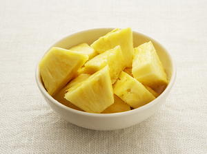 Macadamia Nut Chicken Breasts with Tropical Marmalade