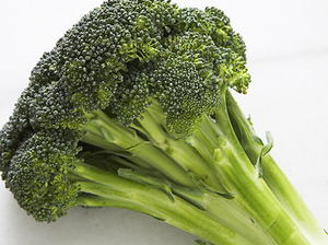 Broccoli Sautéed in Wine and Garlic