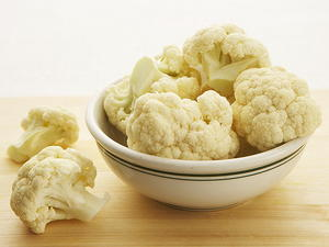 Golden Cauliflower with Split Peas