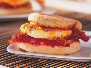 Egg Tomato Muffin Melt with Bacon
