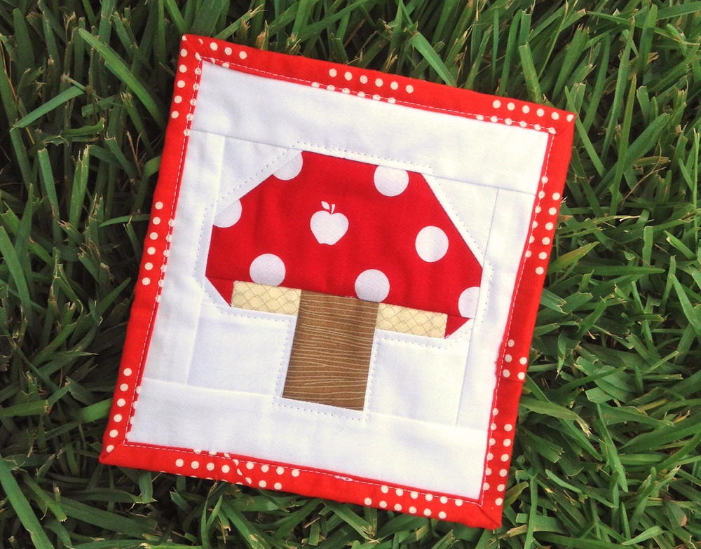 Tiny Toadstool Quilt Block Tutorial Favequilts Com