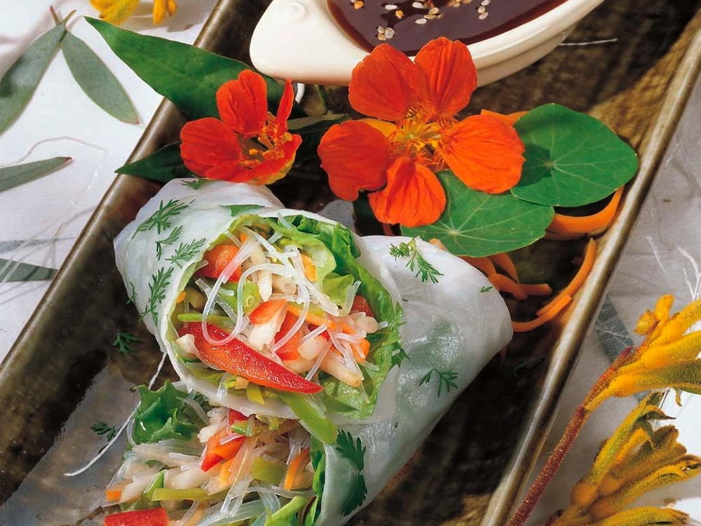 Fresh Vegetable Spring Rolls With Filipino Garlic Sauce Cookstr Com