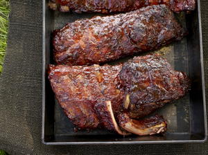 Baby Back Pork Ribs Glazed with Honey