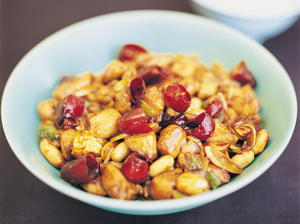 Gong Bao (Kung Pao) Chicken with Peanuts