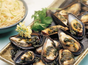 Mussels with Cilantro Sauce