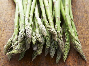 Garlic-Roasted Asparagus with Almonds