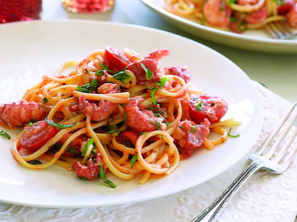 Creamy Langoustine Pasta with Fresh Tomato Sauce | Cookstr.com