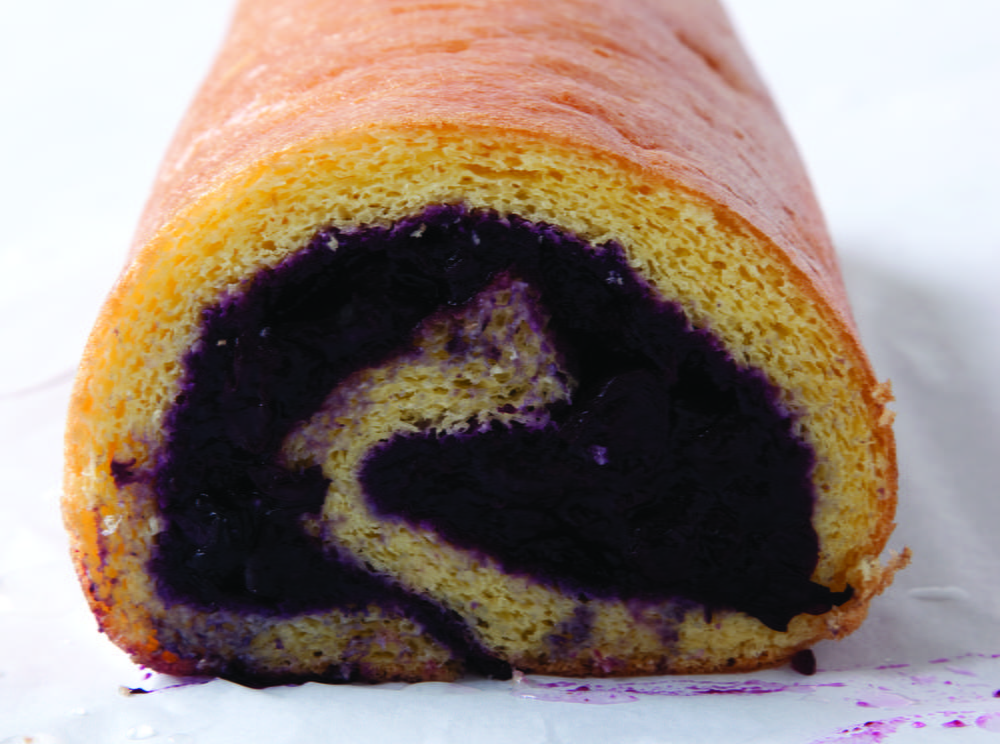 Grand Old-Fashioned Blueberry Jelly Roll