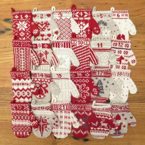 Self Made Christmas Calendar : Diy mittens homemade advent calendar