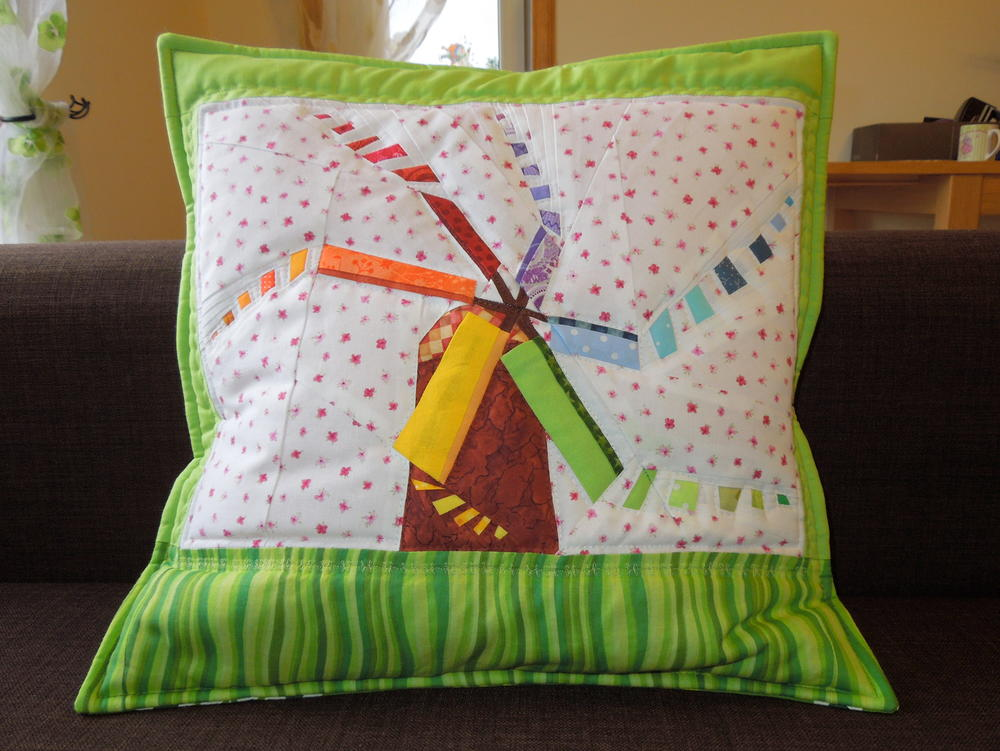 Rainbow Windmill Paper Piecing Pattern Favequilts Com