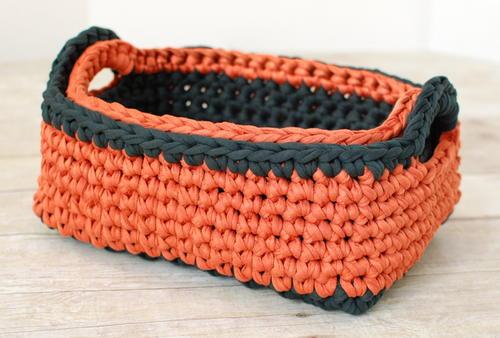 Two-Toned Crochet Nesting Baskets AllFreeCrochet.com