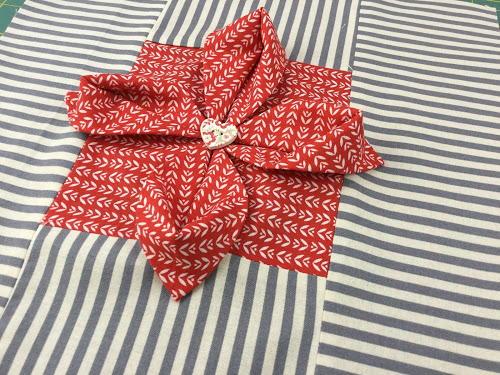 Origami Flower Quilt Block Favequilts Com
