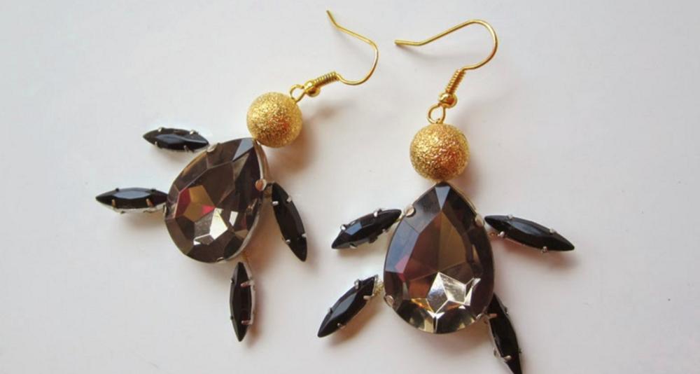 Rhinestone And Wire Turtle Diy Earrings