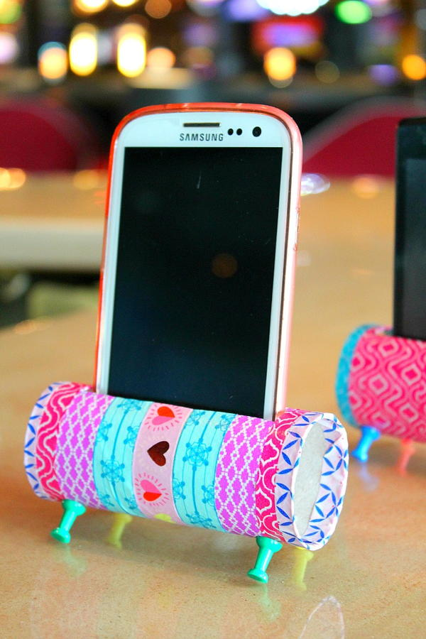 iPhone Toilet Paper Roll Craft