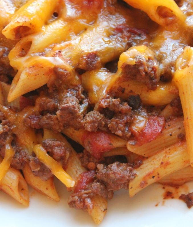 8 More Delicious And Easy Ground Beef Dinner Ideas: Cheesy Ground Beef Slow Cooker Recipe