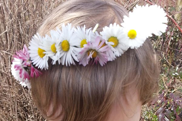 Easy Crochet Headband With Flower