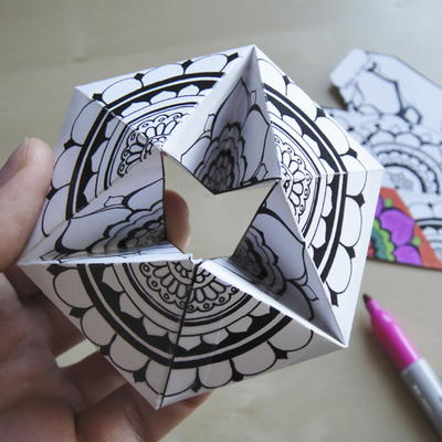 http://irepo.primecp.com/2016/05/281027/DIY-Paper-Kaleidocycle_Large400_ID-1659118.jpg?v=1659118