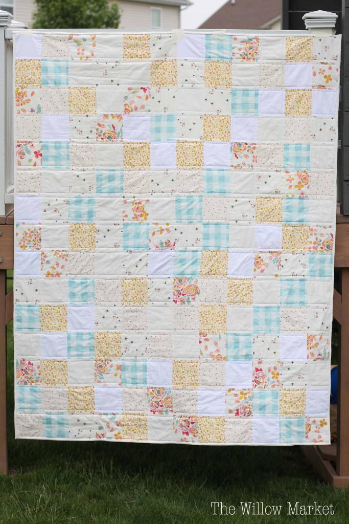 Sweet And Simple Squares Quilt Pattern Favequilts Com