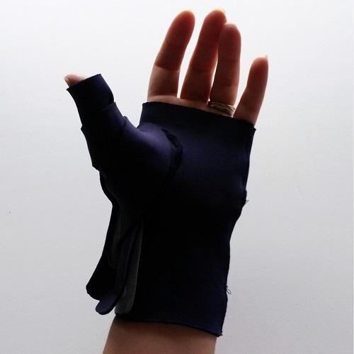 Diy Neoprene Thumb Splint Allfreesewing Com